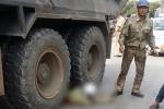 Xe 'hổ vồ' tông người lái xe ôm chết thảm
