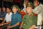 "Hinh anh Dang xu ly them nhanh ...Nghe sy Quang Teo ""doi mua"" dien kich tai 'Hat cung chien sy canh sat' 11"