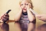 Con cái sẽ thất bại, lo âu, trầm cảm nếu cha mẹ thường xuyên làm 7 việc sau