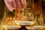 Giá vàng hôm nay 10/4: Giá vàng trong nước bước đi thận trọng, kệ thế giới bất ổn