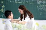 Cô hiệu trưởng viết thơ tặng học sinh chào năm học mới