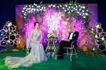 Ngoài các tiết mục ca nhạc, kịch, Gala nhạc Việt hấp dẫn khán giả bởi phần dẫn chương trình duyên dáng, tung hứng của 2 người dẫn chương trình Trấn Thành và Hồ Ngọc Hà.