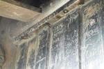 Du khách bôi bẩn chùa Đồng Yên Tử bằng chữ viết