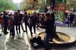 'Truy giấy phép biểu diễn với cậu bé kéo đàn ở bờ hồ Hoàn Kiếm là không ổn'