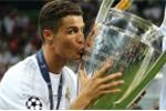 Sao cứ mãi phán xét Ronaldo?