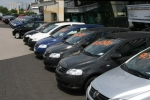Những mẫu xe tuyệt đối không nên mua dù giá 'bèo'