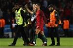 'Soái ca' Ronaldo khiến fan cuồng hạnh phúc khóc òa