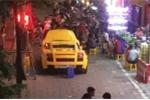Siêu xe Lamborghini rao bán 1,4 tỷ đồng trên vỉa hè Hà Nội
