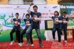 Học sinh nhảy Gangnam Style thi giải toán