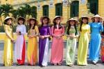 Sài Gòn rợp áo dài trong hành trình xe đạp 'Áo dài Viêt- Du lịch Việt'