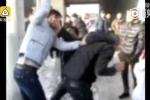 Phẫn nộ nam thanh niên Trung Quốc đánh bố mẹ giữa phố vì mua nhà quá nhỏ làm quà cưới