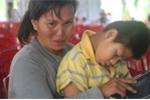 Cảnh cùng cực của mẹ nghèo, con thơ chết đi sống lại vì 'hung thần' xe tải