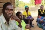 Người đàn ông nhiễm HIV ngủ cùng 104 bé gái trong lễ trưởng thành
