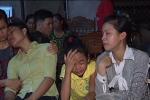 Nổ xe khách 8 người chết: Tiếng khóc ai oán vang khắp xóm nghèo