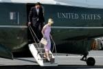 Đăng ảnh khoe hàng hiệu, vợ bộ trưởng Mỹ nhận chỉ trích nặng nề