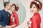 Hot girl MU Tú Linh hôn bạn trai say đắm trong lễ ăn hỏi