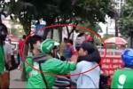 Bị xe ôm đánh do tranh giành khách, tài xế Grabbike gọi đồng nghiệp đến trả thù