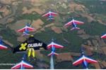 3 'người chim' dàn đội hình, 'đại náo' bầu trời cùng 8 máy bay phản lực