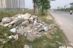 Ảnh: Rác thải tràn ngập trên đại lộ nghìn tỷ ở Hà Nội