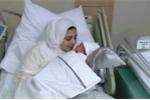 Kỳ tích y học: Sinh con từ buồng trứng đông lạnh 14 năm