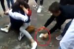 Thấy hai nữ sinh đánh nhau, không can ngăn còn rủ nhau cá cược