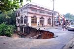 Sập cầu ở Đồng Nai sau mưa lớn