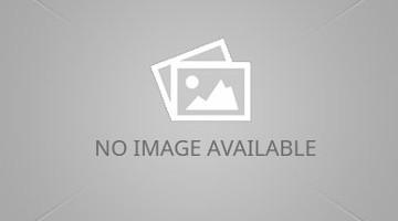 Công Phượng bất phân thắng bại với học viên Nutifood HAGL Arsenal JMG