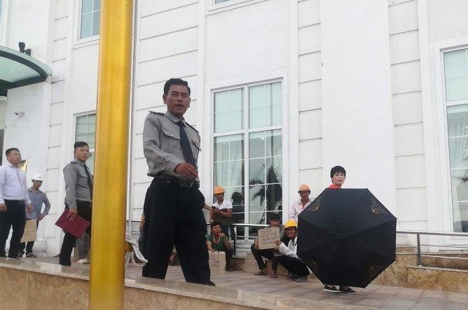 Trung tam thuong mai Hoa Binh Green o Da Nang ngung thi cong, hon 100 cong nhan doi tra luong hinh anh 2
