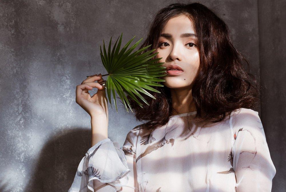 Doi thu mot thoi cua Angela Phuong Trinh tro lai showbiz sau lay chong, sinh con hinh anh 2