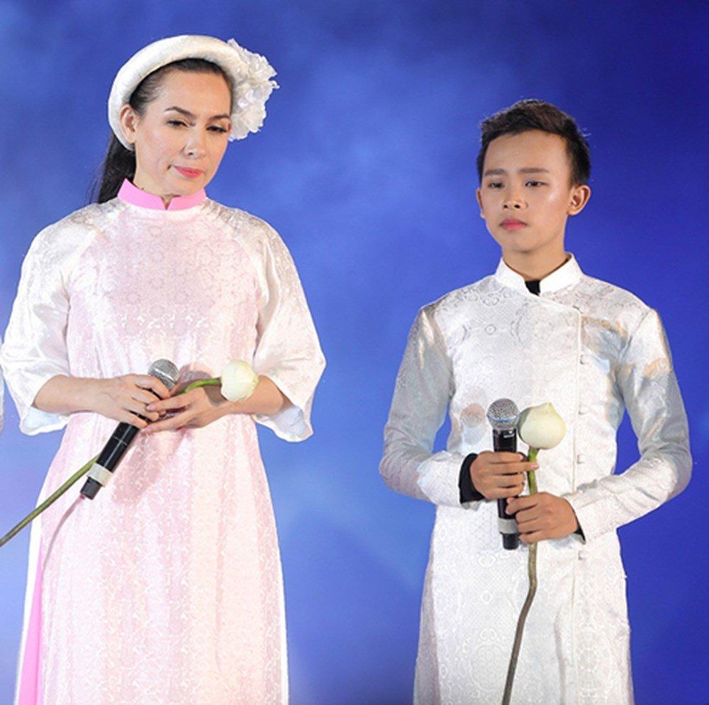 Phuong My Chi, Ho Van Cuong va loat sao nhi 'lot xac' ngoan muc khien khan gia ngo ngang hinh anh 15