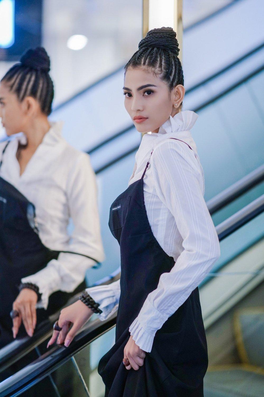 Truong Thi May hoi ngo Paris Hilton, Kate Moss tai Cannes 2018 hinh anh 2