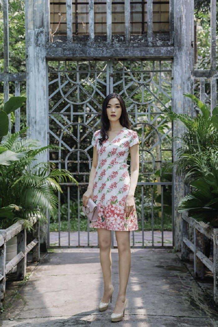 Thanh Hang, Jun Vu, Angela Phuong Trinh chuong vay hoa don he ruc ro hinh anh 8