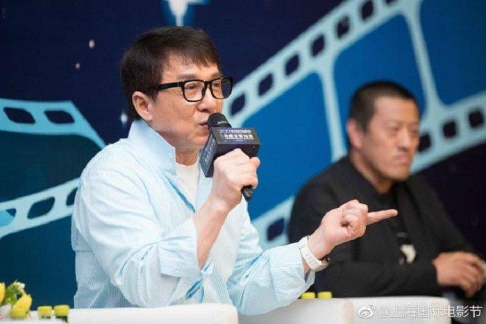 Vi sao nghe si lon Trung Quoc de thua bac, thanh con no trieu USD? hinh anh 4