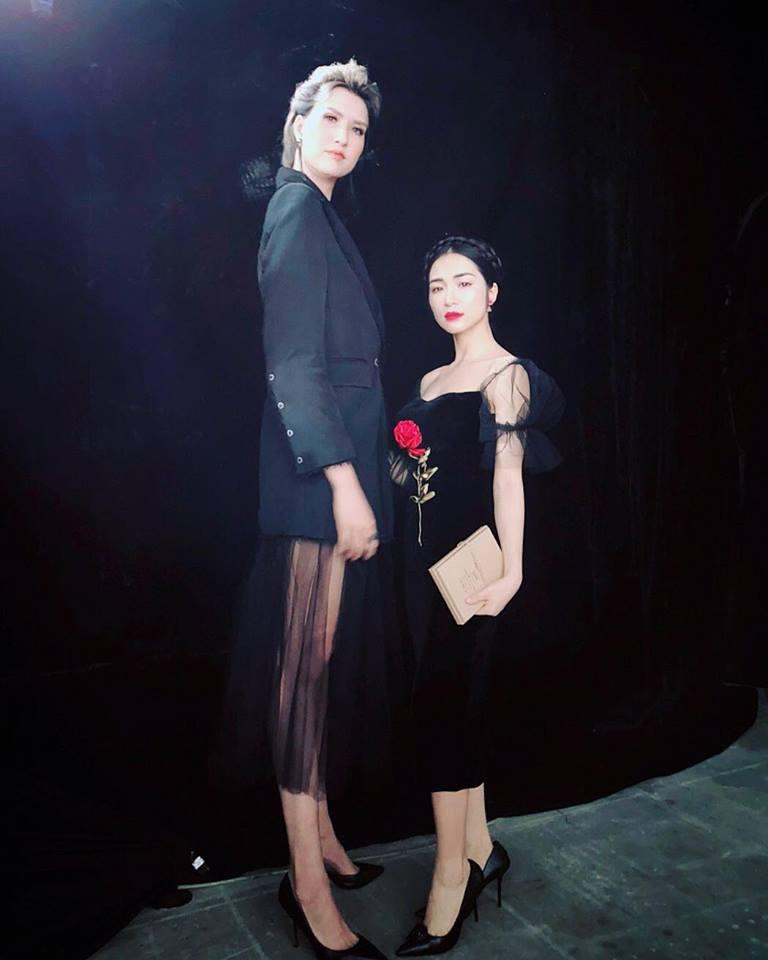 Moi khi buon, nen ghe facebook cua Tran Thanh, Hari Won, Hoa Minzy hinh anh 6