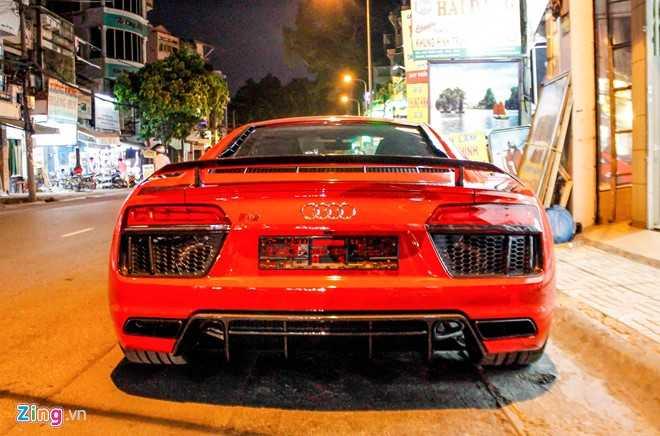 Sieu xe Audi R8 V10 Plus ve tay thieu gia Phan Thanh hinh anh 3
