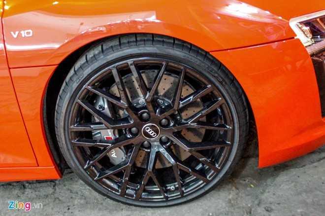 Sieu xe Audi R8 V10 Plus ve tay thieu gia Phan Thanh hinh anh 7
