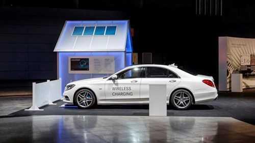 Mercedes-Benz se 'dau' Tesla trong mang xe dien hinh anh 1