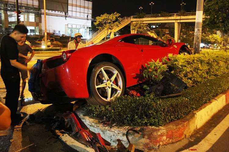 Dan choi Viet chi hon 2 ty sua Ferrari 458 hinh anh 2