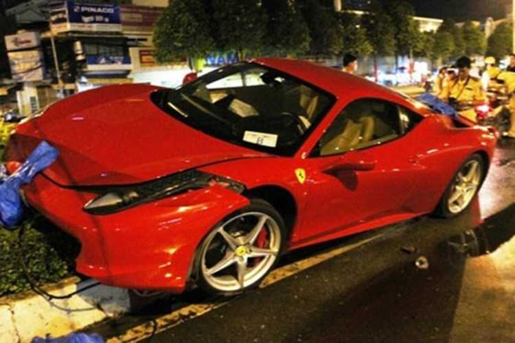 Dan choi Viet chi hon 2 ty sua Ferrari 458 hinh anh 3