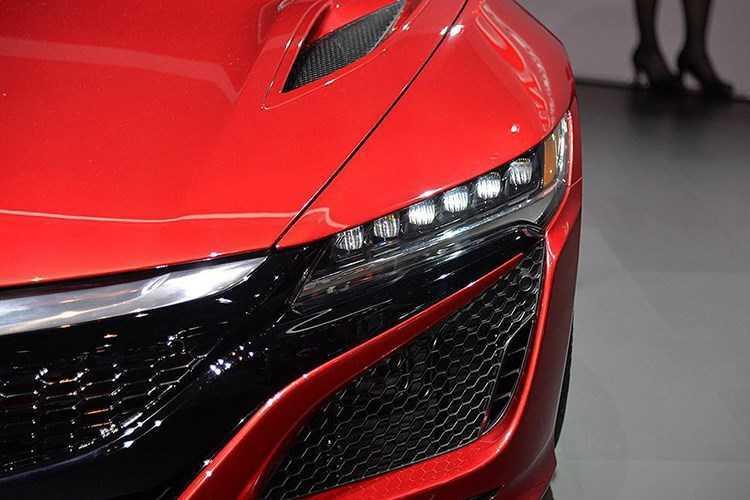 Dat hon Lamborghini Huracan, Honda NSX 2017 'het' gia 15 ty dong hinh anh 4