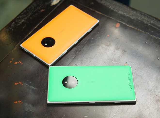 Bat ngo tro lai VN, Lumia 830 gia chi 3 trieu dong hinh anh 1