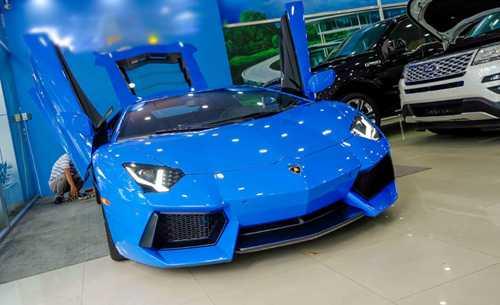 Ngam Lamborghini Aventador mau xanh cuc doc moi ve Viet Nam hinh anh 3