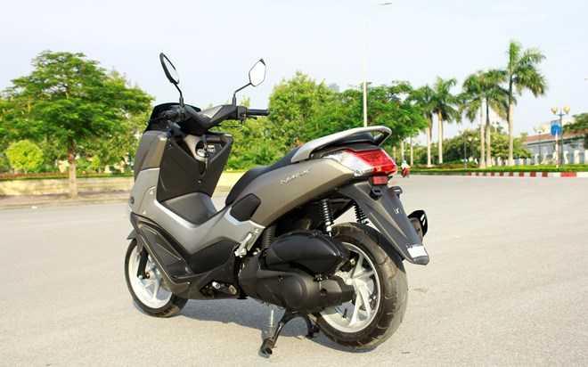 Soi Yamaha NM-X 155 doi thu 'khong doi troi chung' cua Honda PC-X hinh anh 17