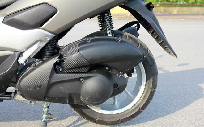 Soi Yamaha NM-X 155 doi thu 'khong doi troi chung' cua Honda PC-X hinh anh 16