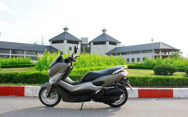 Soi Yamaha NM-X 155 doi thu 'khong doi troi chung' cua Honda PC-X hinh anh 2