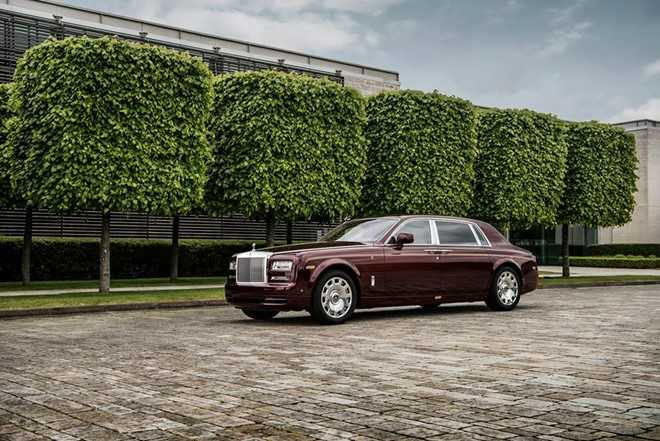 Ngam Rolls-Royce Phantom ban Hoa binh Vinh quang cua dai gia Viet hinh anh 1
