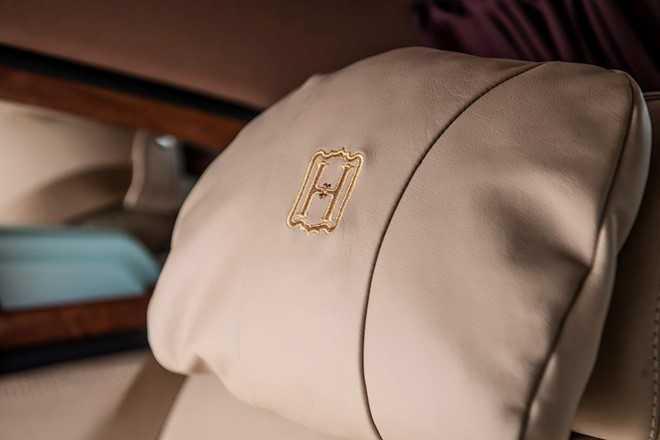 Ngam Rolls-Royce Phantom ban Hoa binh Vinh quang cua dai gia Viet hinh anh 6
