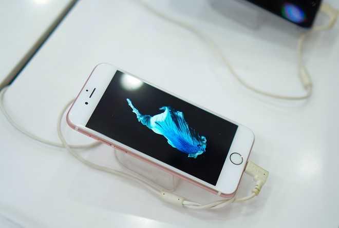 Gia iPhone cu tai Viet Nam tiep tuc lao doc don iPhone 7 hinh anh 1