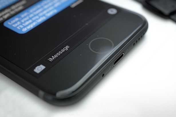 3 nguoi Viet da so huu iPhone 7 voi gia 99 trieu dong/chiec hinh anh 1
