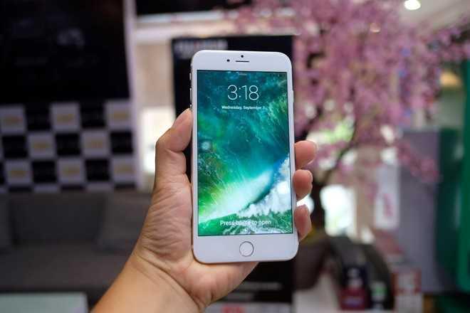 iPhone 7 Plus chua len ke, hang nhai gia hon 2 trieu dong da co o Viet Nam hinh anh 1